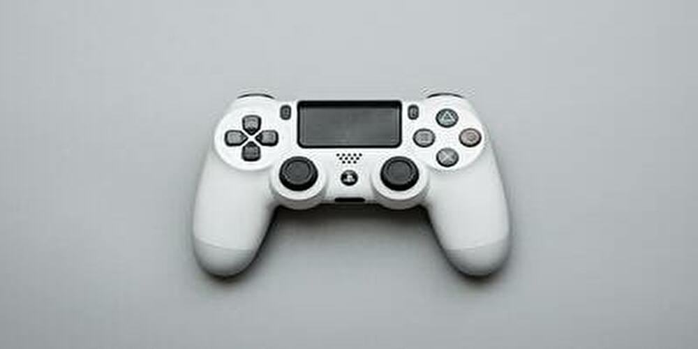PS4コントローラーwhite